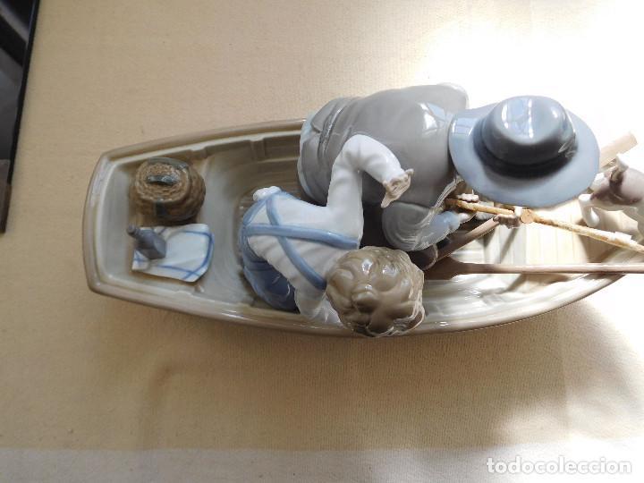 Antigüedades: Lladró barca Paloma con abuelo pescando, niño y perro - Foto 4 - 250313405
