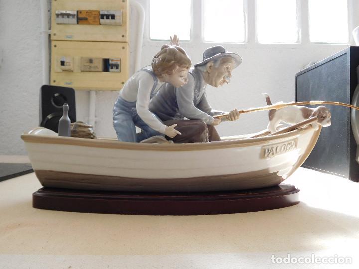 Antigüedades: Lladró barca Paloma con abuelo pescando, niño y perro - Foto 8 - 250313405