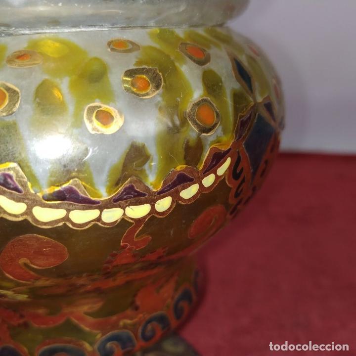 Antigüedades: COPA CON TAPA. MARCAS GORDIOLA MALLORCA. CRISTAL SOPLADO, ESMALTADO Y DORADO. ESPAÑA. CIRCA1950 - Foto 7 - 250314440