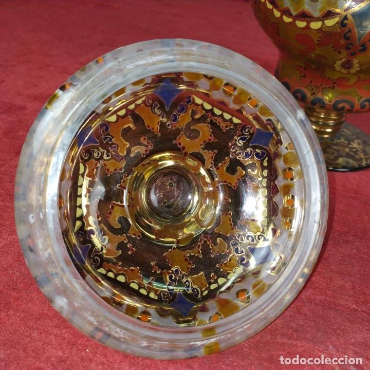 Antigüedades: COPA CON TAPA. MARCAS GORDIOLA MALLORCA. CRISTAL SOPLADO, ESMALTADO Y DORADO. ESPAÑA. CIRCA1950 - Foto 12 - 250314440
