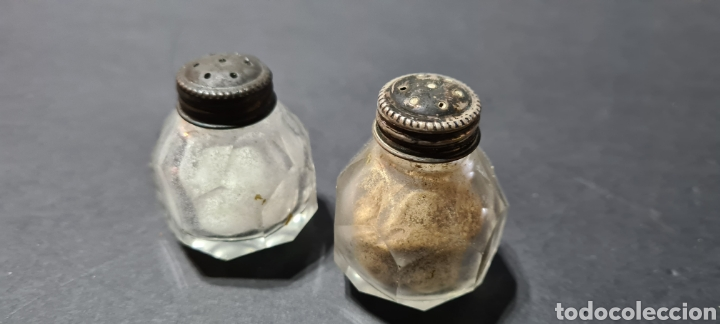 Antigüedades: Salero y pimentero antiguos con encanto. - Foto 2 - 250320390