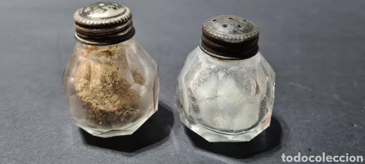 Antigüedades: Salero y pimentero antiguos con encanto. - Foto 3 - 250320390