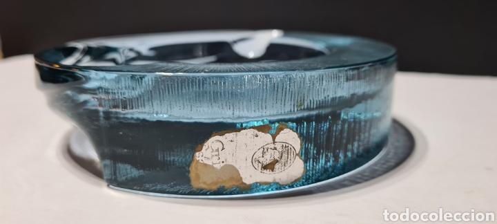 Antigüedades: Impresionante cenicero de cristal de color azul . Arnolfo Di Cambio. Maravilloso diseño. - Foto 7 - 250346720