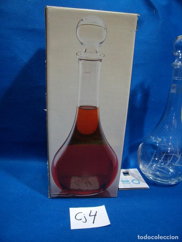 Antigüedades: Licorera cristal tallado al acido de Luigi Bormioli, Italia, años 80, Nuevo sin usar, caja original. - Foto 2 - 251035910