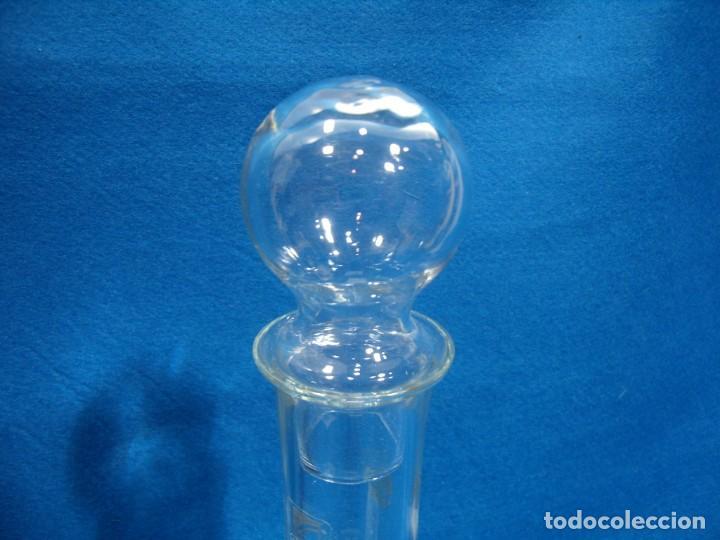 Antigüedades: Licorera cristal tallado al acido de Luigi Bormioli, Italia, años 80, Nuevo sin usar, caja original. - Foto 7 - 251035910