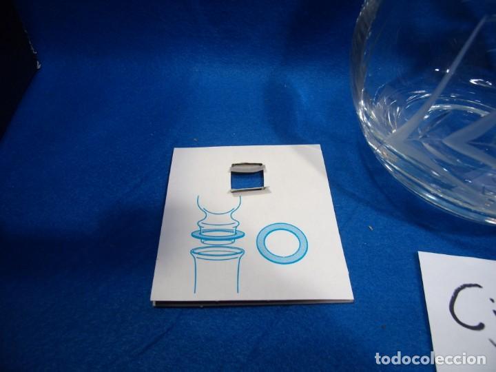 Antigüedades: Licorera cristal tallado al acido de Luigi Bormioli, Italia, años 80, Nuevo sin usar, caja original. - Foto 10 - 251035910