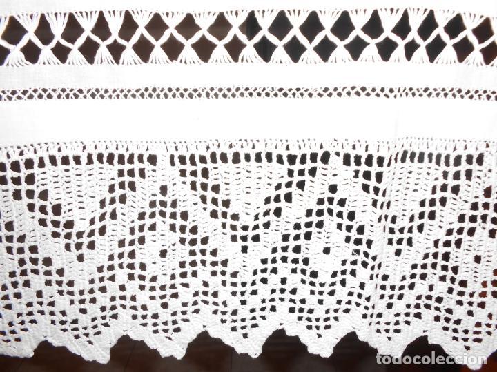 Antigüedades: Panel cortina, bordado a mano y ganchillo.ALGODON BLANCO 80 x 160 cm. Nuevo - Foto 24 - 250237330