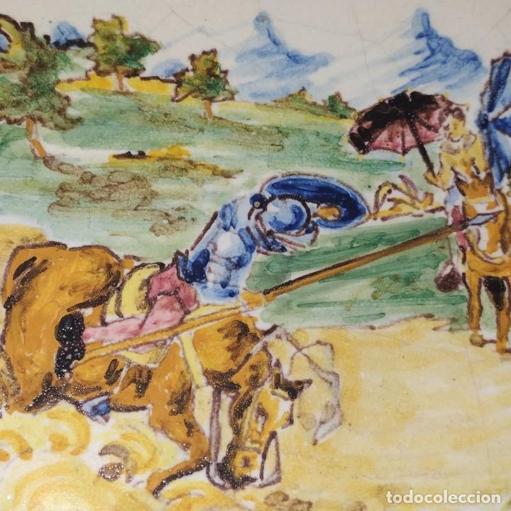 Antigüedades: 3 PLATOS DE TALAVERA. FIRMADOS NIVEIRO. CERÁMICA ESMALTADA. SIGLO XX - Foto 6 - 251137100