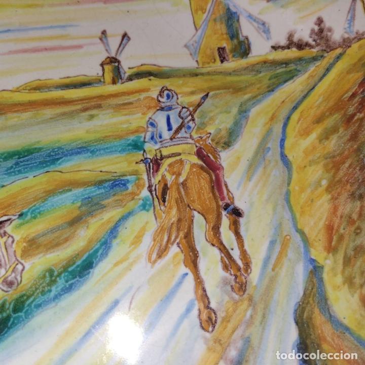 Antigüedades: 3 PLATOS DE TALAVERA. FIRMADOS NIVEIRO. CERÁMICA ESMALTADA. SIGLO XX - Foto 18 - 251137100