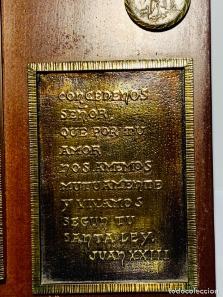 Antigüedades: Gran pieza madera con Cruz. Inscripción Papa Juan XXIII. Advocación Virgen Lourdes. Ppios. 60 - Foto 14 - 251569105
