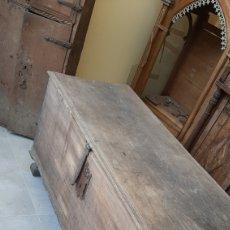 Antigüedades: BAÚL ANTIGUO ANTIGÜEDADES ETNOGRAFÍA GALLEGA COLISEVM. Lote 251612475