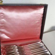 Antigüedades: MAGNICAO JUEGO DE 12 TANADORES SELADO GB.ES90.18 BANO DE PLATA ANOS 20,30 CAJA ORIGINALE. Lote 251655655