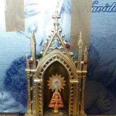 Antigüedades: PEQUEÑO ALTAR DE VIRGEN VINTAGE. Lote 251659355