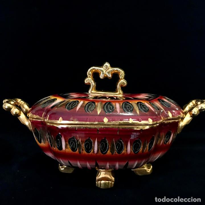 Antigüedades: Antigua sopera pintada a mano por Hubert Bequet, Quaregnon Bélgica. Años 30 - Foto 2 - 251836170