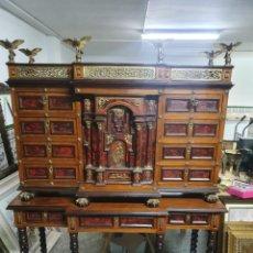 Antigüedades: IMPRESIONANTE BARGUEÑO ITALIANO DE CAREY. Lote 251901500