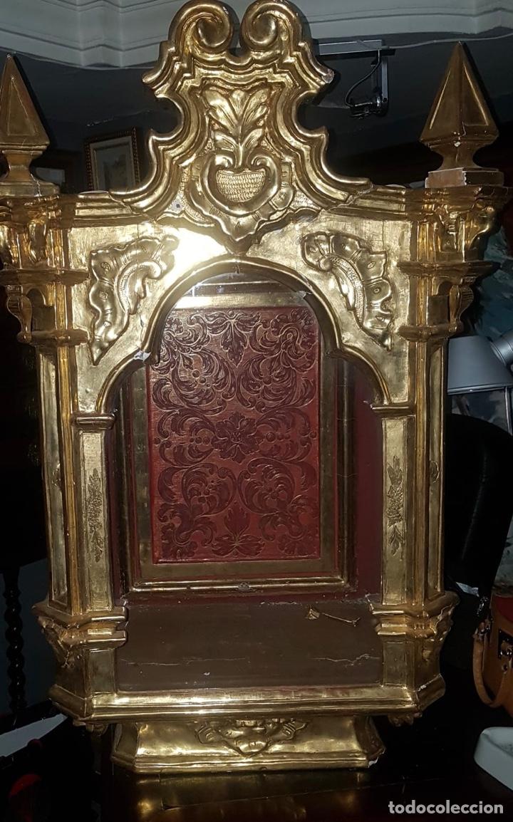 HORNACINA DORADA S.XVIII (Antigüedades - Muebles Antiguos - Vitrinas Antiguos)