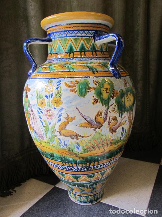 Antigüedades: Enorme jarron ornamental en cerámica de Triana - Ramos Rejano - Siglo XX - Foto 5 - 251959320