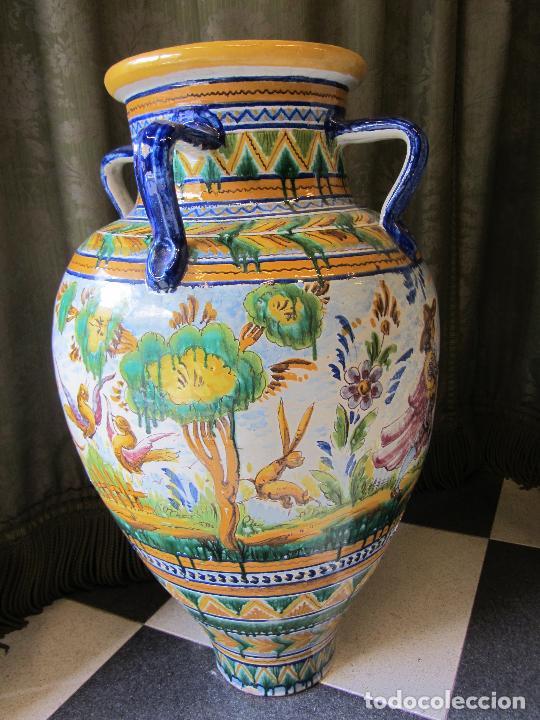 Antigüedades: Enorme jarron ornamental en cerámica de Triana - Ramos Rejano - Siglo XX - Foto 6 - 251959320