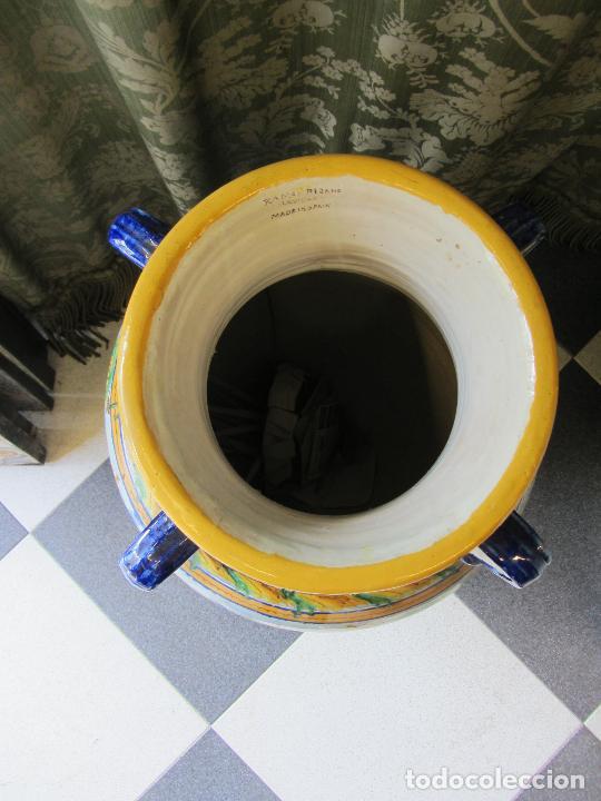 Antigüedades: Enorme jarron ornamental en cerámica de Triana - Ramos Rejano - Siglo XX - Foto 10 - 251959320