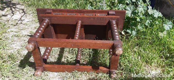 Antigüedades: MUEBLE APARADOR CON PATAS TORNEADAS. - Foto 6 - 251972725