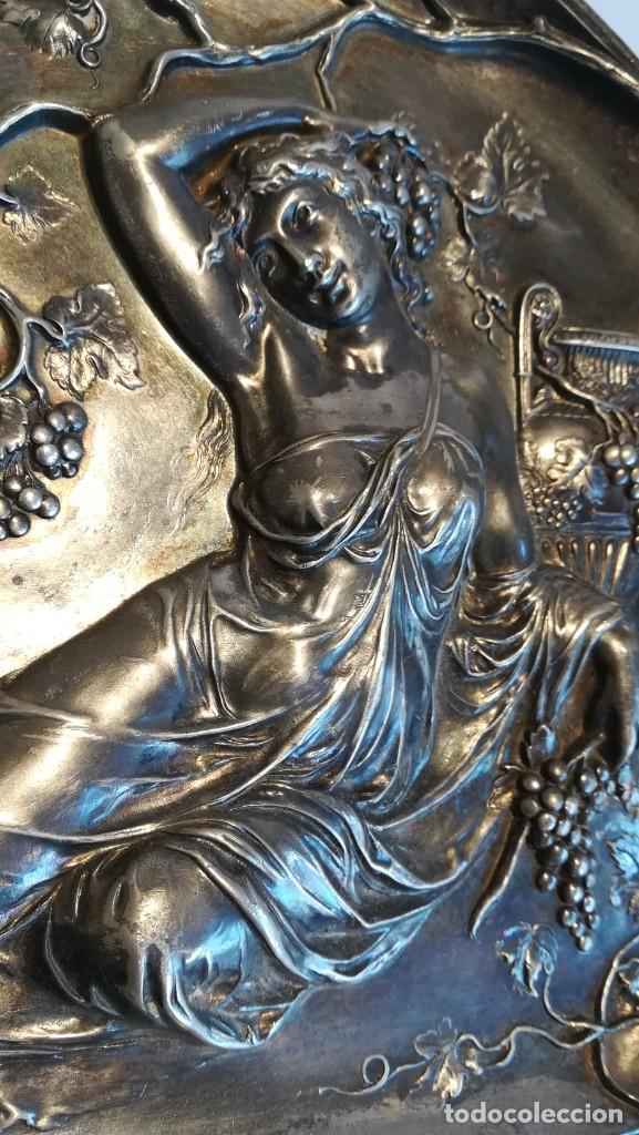 Antigüedades: BANDEJA MODERNISTA DE ESTAÑO CIRCA 1920 NUMERADA - Foto 2 - 251980150