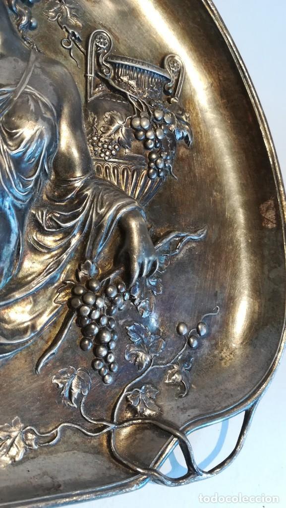 Antigüedades: BANDEJA MODERNISTA DE ESTAÑO CIRCA 1920 NUMERADA - Foto 3 - 251980150