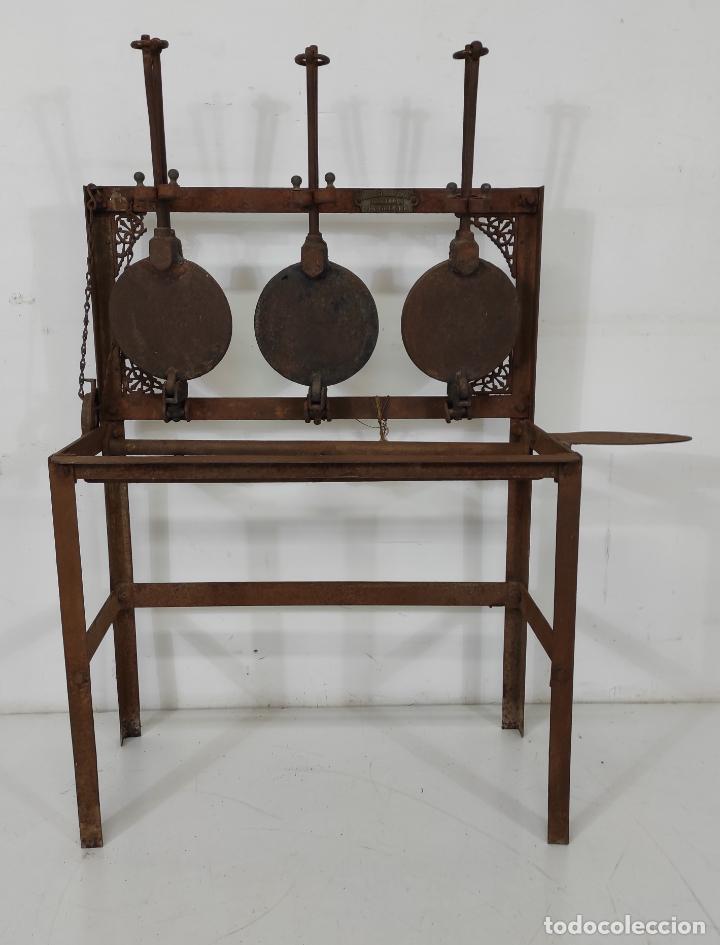 Antigüedades: Antigua Maquina de Pastelería - Andres Monserrat, Barcelona - para Gofres, Creps, etc - Foto 2 - 251991940