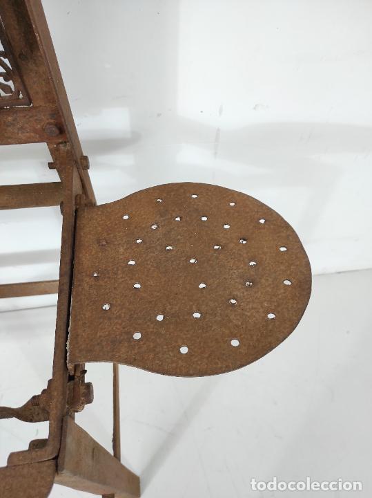 Antigüedades: Antigua Maquina de Pastelería - Andres Monserrat, Barcelona - para Gofres, Creps, etc - Foto 6 - 251991940
