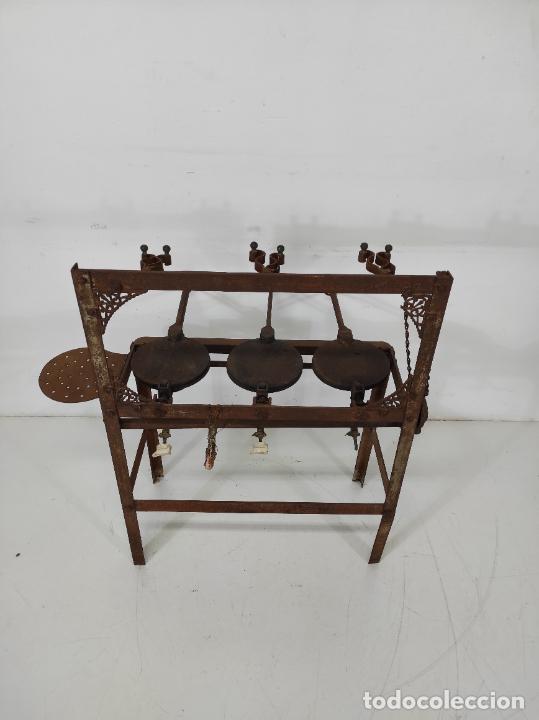 Antigüedades: Antigua Maquina de Pastelería - Andres Monserrat, Barcelona - para Gofres, Creps, etc - Foto 15 - 251991940