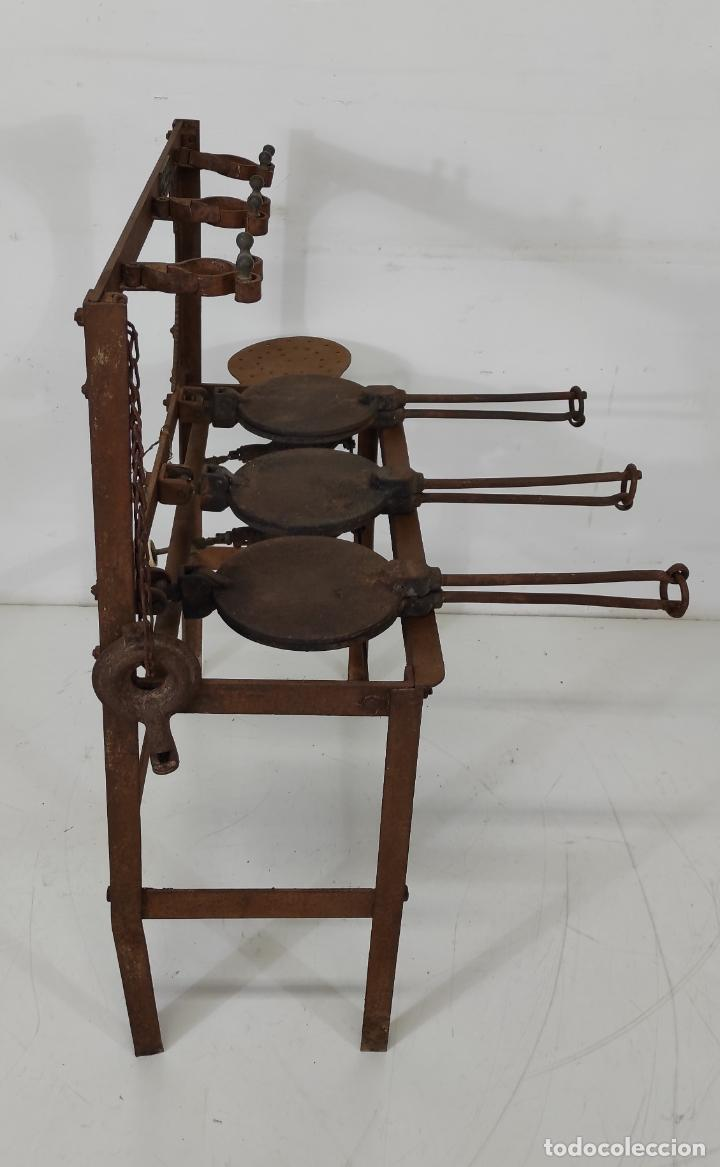 Antigüedades: Antigua Maquina de Pastelería - Andres Monserrat, Barcelona - para Gofres, Creps, etc - Foto 17 - 251991940