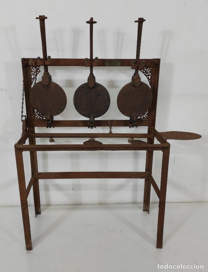 Antigüedades: Antigua Maquina de Pastelería - Andres Monserrat, Barcelona - para Gofres, Creps, etc - Foto 18 - 251991940