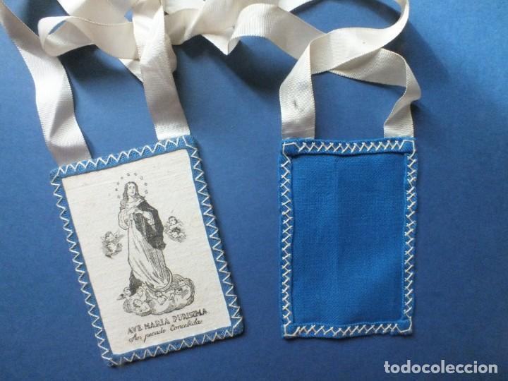 Antigüedades: Gran escapulario virgen Inmacula Ave María Purisima grabado en tela con cintas - Foto 2 - 252042955