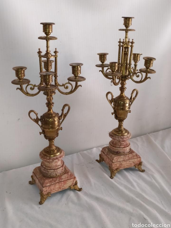 IMPRESIONANTE PAREJA DE PORTAVELAS CANDELABROS FRANCESES DE BRONCE Y MÁRMOL SIGLO XIX IMPECABLES (Antigüedades - Iluminación - Candelabros Antiguos)