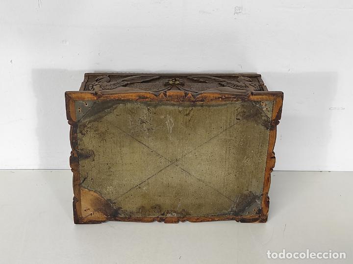 Antigüedades: Preciosa Caja Estilo Renacimiento - Finísima Talla en Madera de Haya, Color Nogal - Foto 25 - 252093600