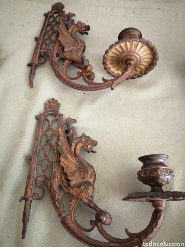 Antigüedades: Lote de 7 apliques de bronce portavelas - Foto 3 - 252151335