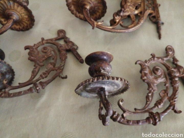 Antigüedades: Lote de 7 apliques de bronce portavelas - Foto 4 - 252151335