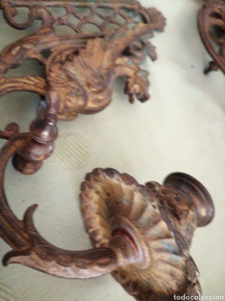 Antigüedades: Lote de 7 apliques de bronce portavelas - Foto 7 - 252151335