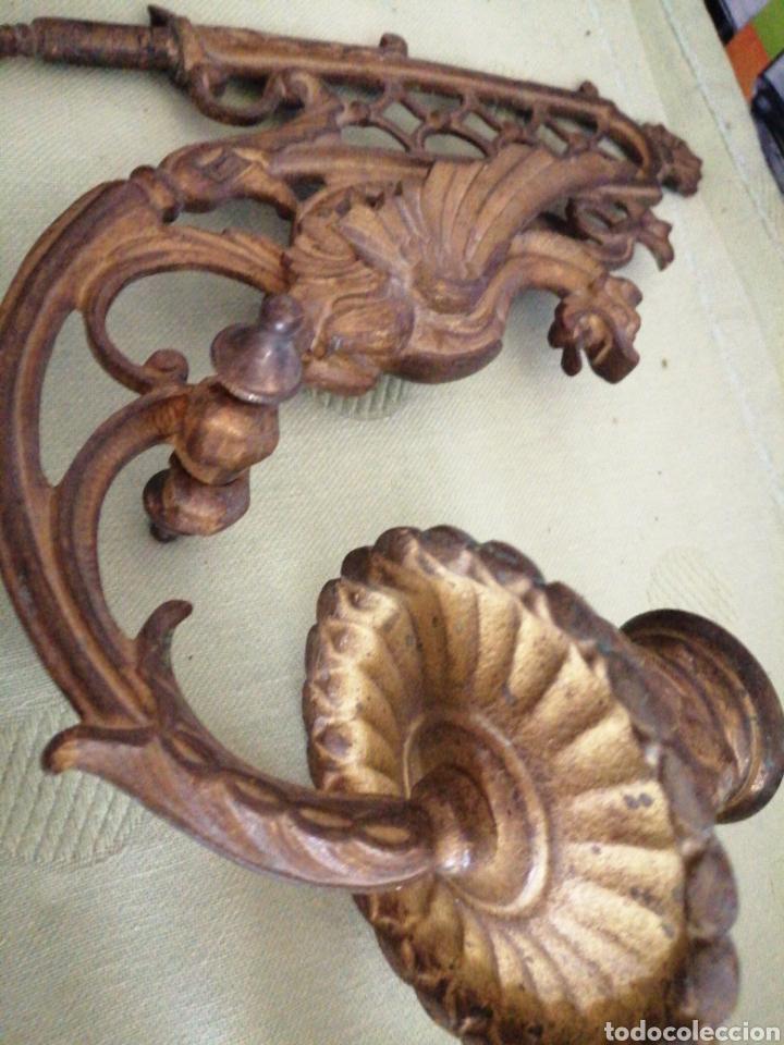 Antigüedades: Lote de 7 apliques de bronce portavelas - Foto 8 - 252151335
