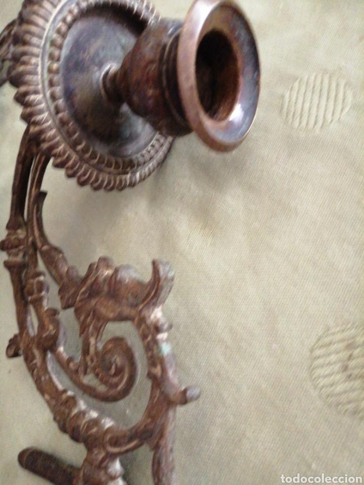 Antigüedades: Lote de 7 apliques de bronce portavelas - Foto 9 - 252151335