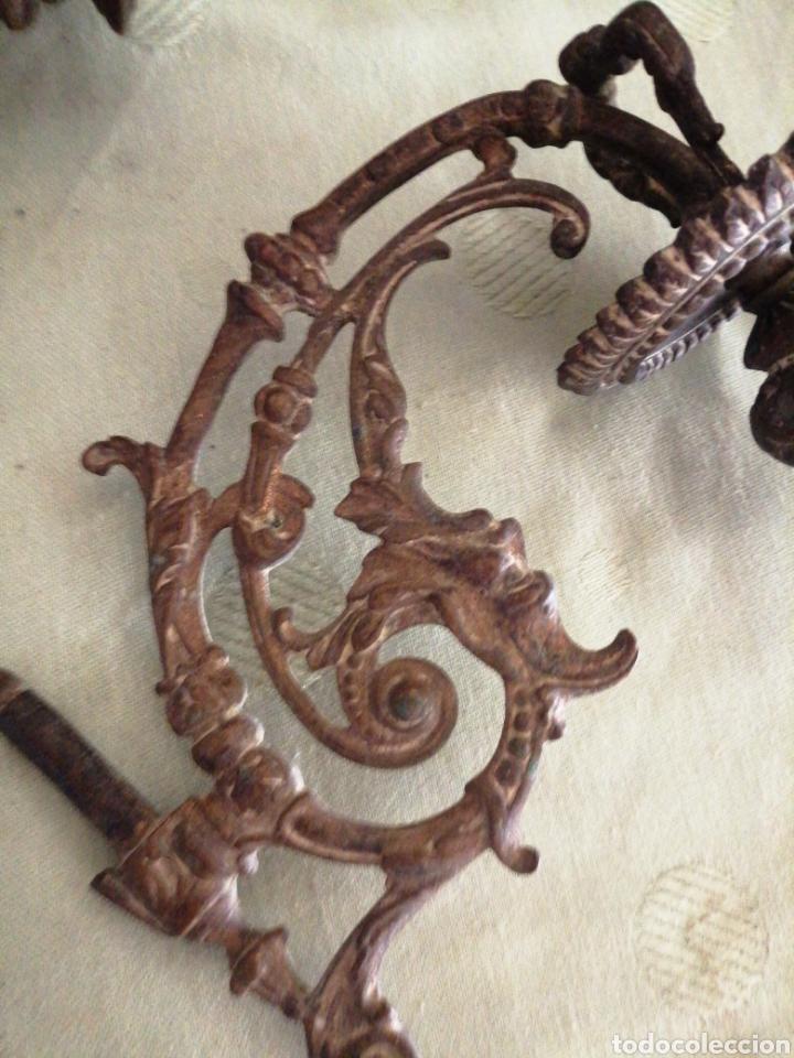 Antigüedades: Lote de 7 apliques de bronce portavelas - Foto 10 - 252151335