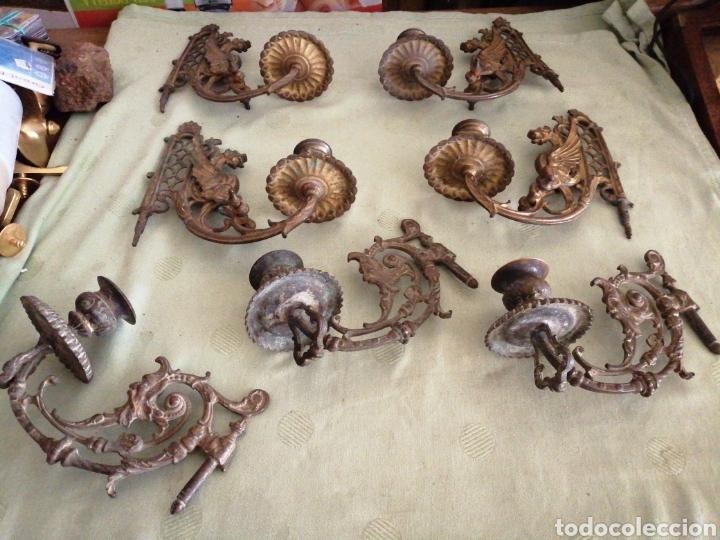LOTE DE 7 APLIQUES DE BRONCE PORTAVELAS (Antigüedades - Hogar y Decoración - Portavelas Antiguas)