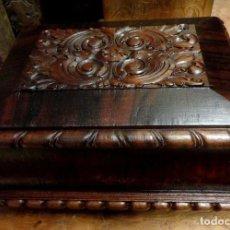 Antigüedades: CAJA ANTIGUA ESTILO IMPERIO EN MADERA DE CAOBA, JOYERO. Lote 252175350