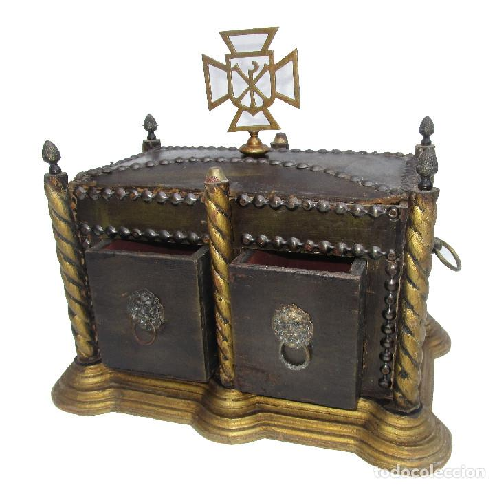 Antigüedades: BAUL ARCA COFRE SAGRADO OSTIARIO RELIQUIARIO JOYERO RELIGIOSO IMPERIO - Foto 3 - 252231290