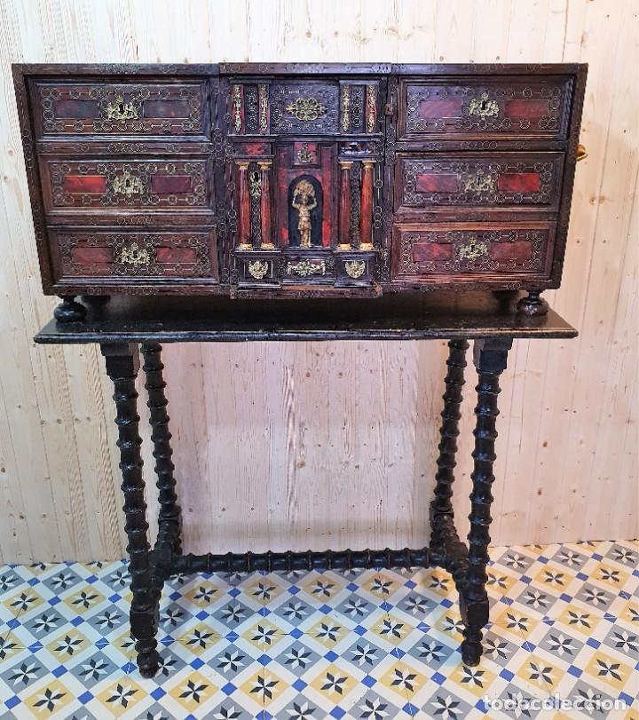 Antigüedades: ANTIGUO BARGUEÑO ITALIANO DE CAREY Y DETALLES DE BRONCE - Foto 2 - 252261850