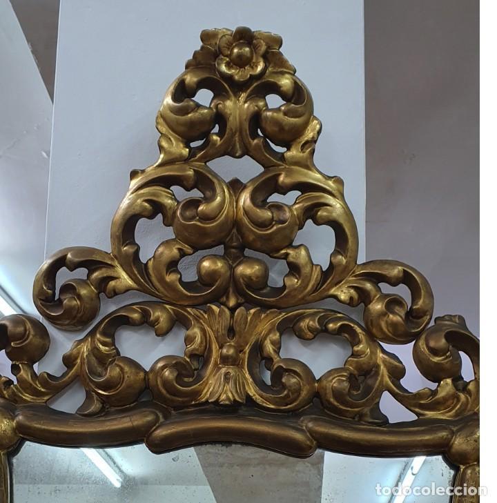 Antigüedades: ESPEJO CORNUCOPIA DE MADERA DORADA Y TALLADA - 1,09 X 69 CM. - Foto 4 - 252283265