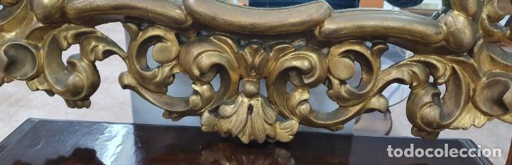 Antigüedades: ESPEJO CORNUCOPIA DE MADERA DORADA Y TALLADA - 1,09 X 69 CM. - Foto 10 - 252283265
