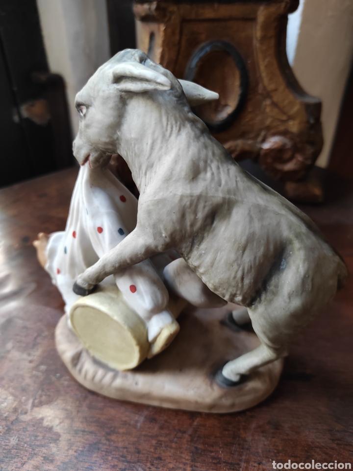 Antigüedades: Antiguo Palillero de Porcelana - Humor - Burro Mordiendo a Payaso - Arlequín - - Foto 8 - 252355970