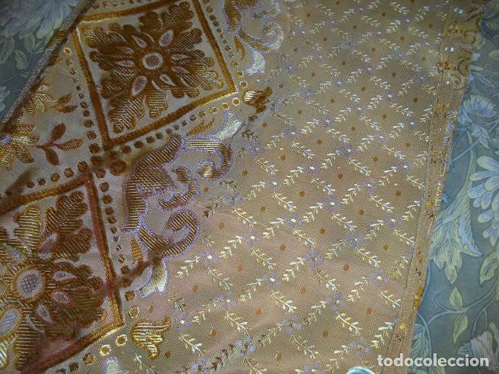 Antigüedades: ANTIGUA COLCHA BORCADA MIDE 1,71 X 2,60 COMO NUEVA - Foto 16 - 252385770