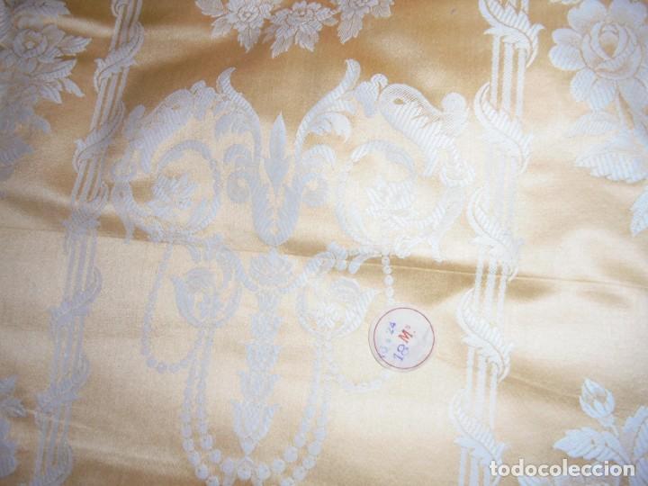 Antigüedades: GRAN RETAL ALGODON ADAMASCADO AMARILLO ORO INDUMENTARIA, TAPICERIAS 4,47 M DE LARGO X 1,63 ANCHO - Foto 17 - 252387060