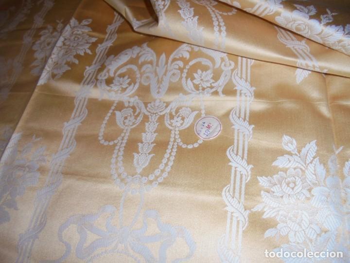 Antigüedades: GRAN RETAL ALGODON ADAMASCADO AMARILLO ORO INDUMENTARIA, TAPICERIAS 4,47 M DE LARGO X 1,63 ANCHO - Foto 19 - 252387060